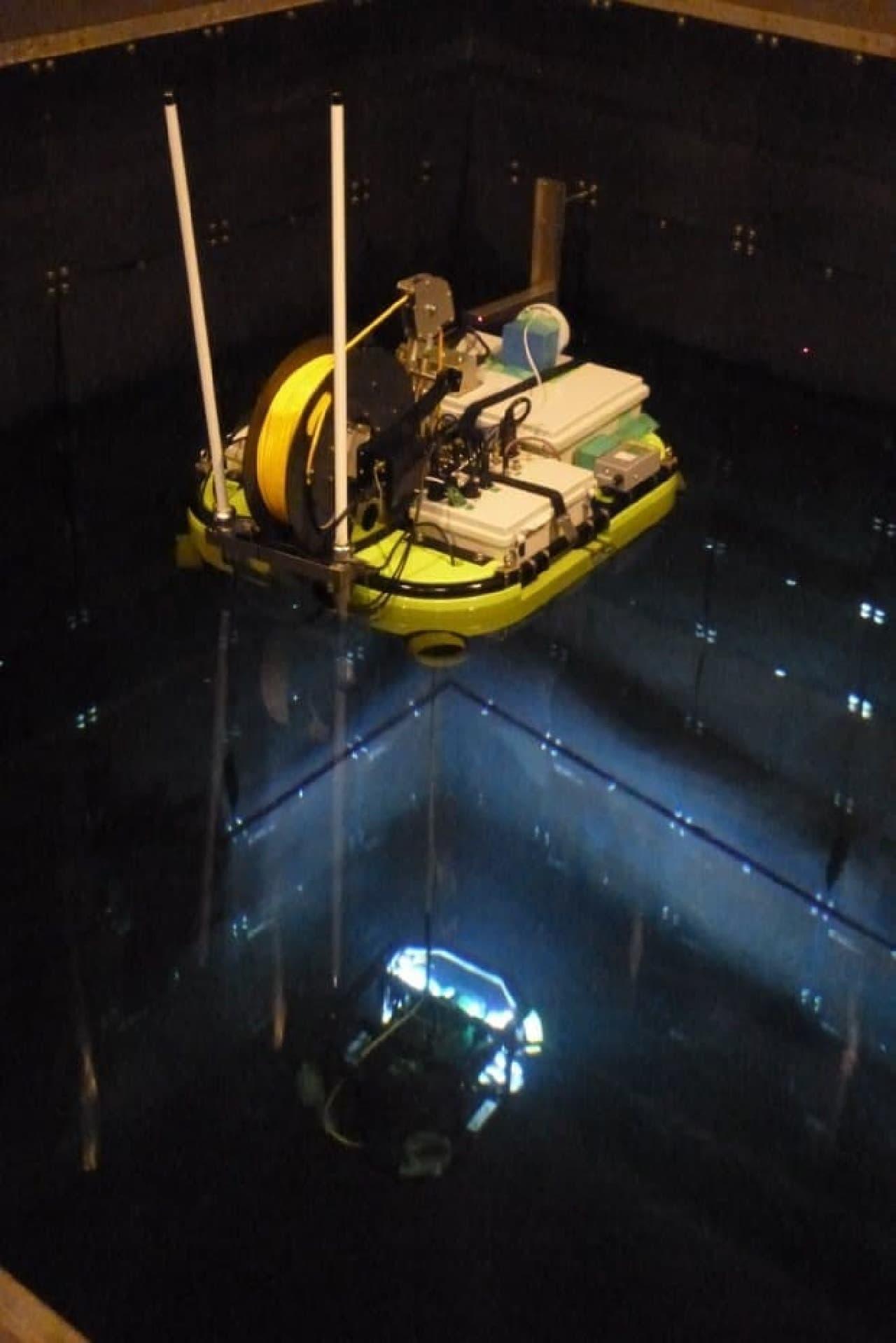 水中壁面調査の写真