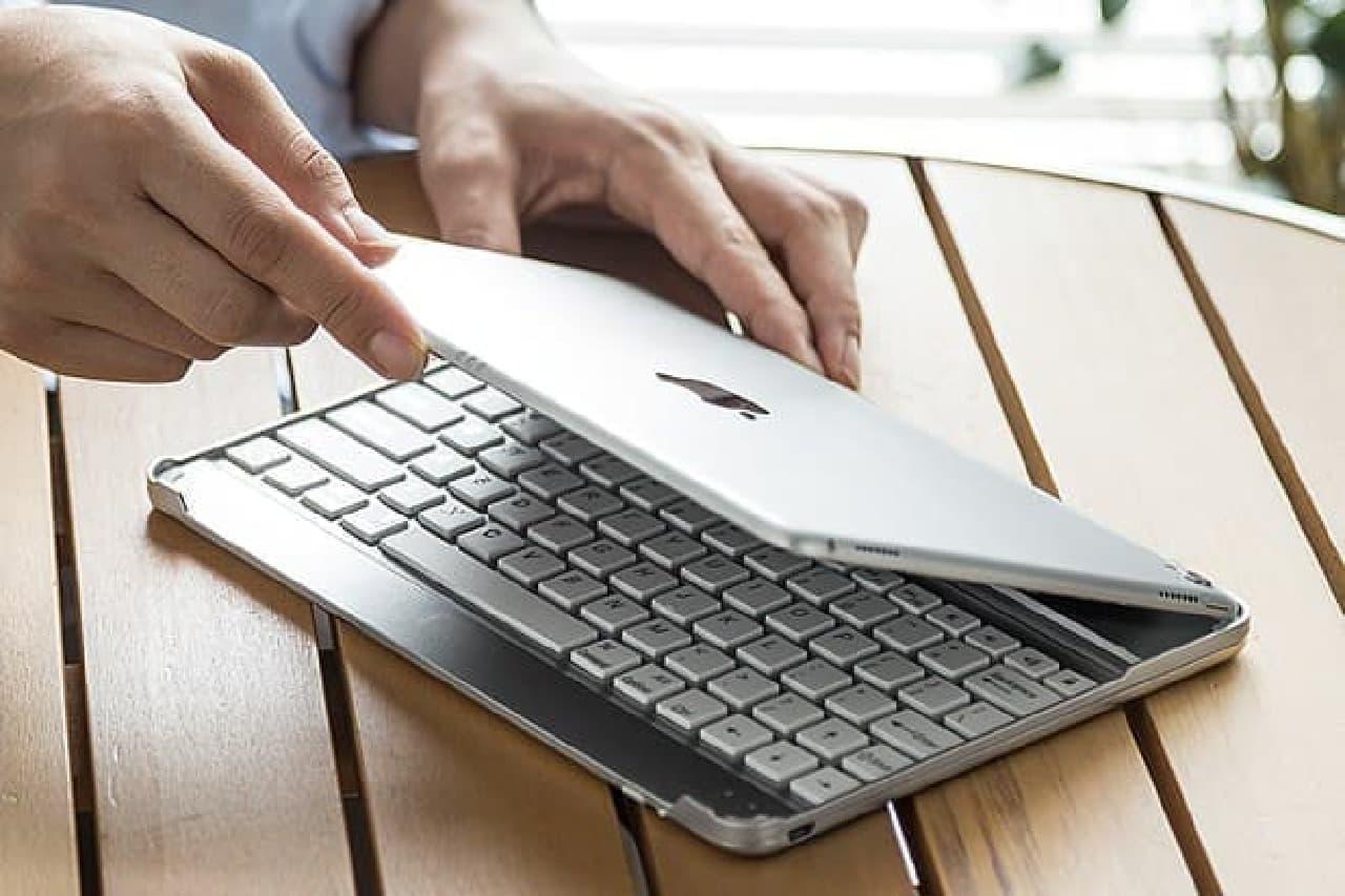 iPad向けBluetoothキーボード