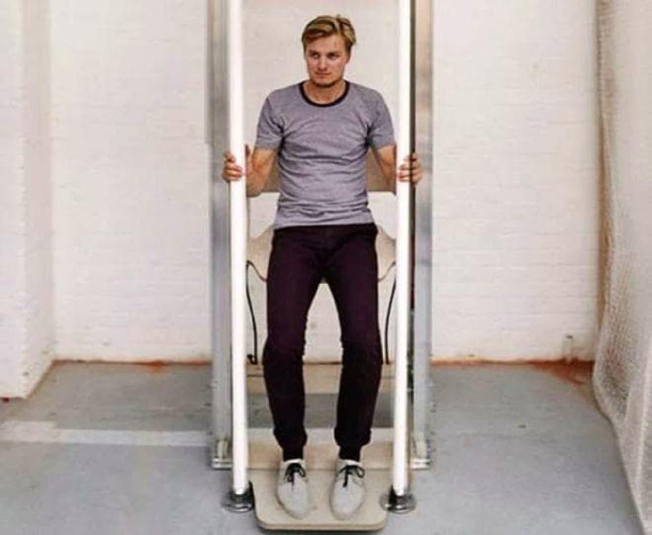 階段の10分の1のエネルギーで上れる「Vertical Walking(垂直歩き)」