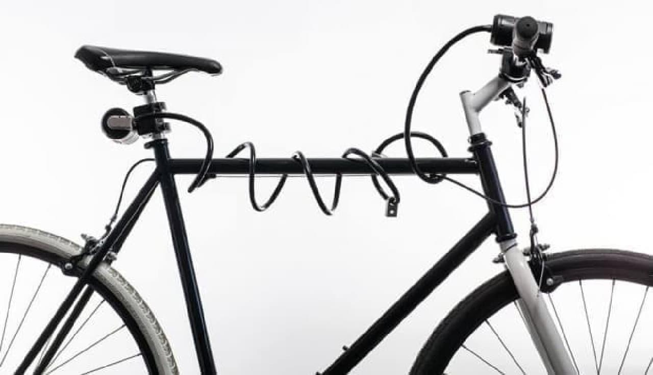 自転車用ロックと自転車用ライトをひとつにまとめた「Lemurlock」