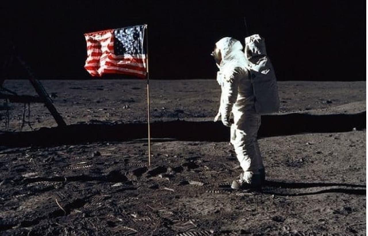 NASAが新たな宇宙服のアイディアを「Space Poop Challenge」で募集中