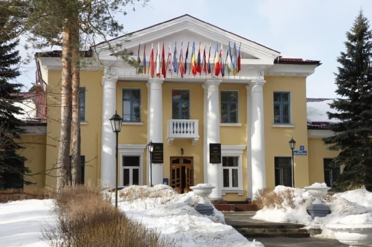 ロシアの研究所の建物
