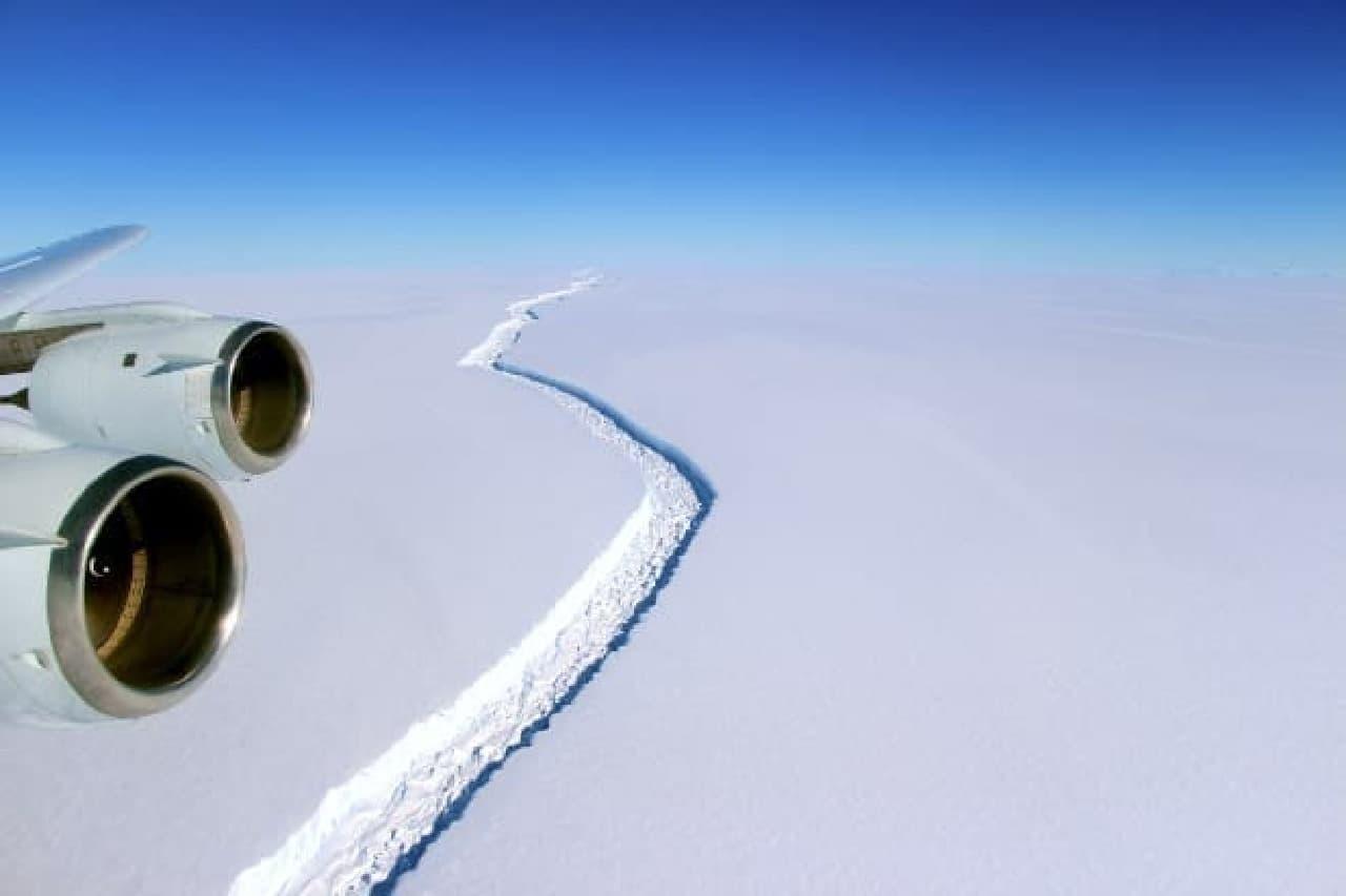 NASAによるラーセンCの空撮写真