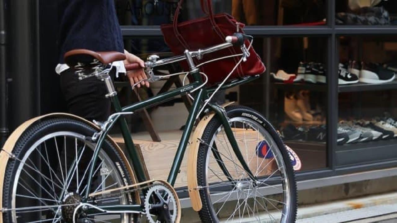 26インチの街乗りカーゴバイク「BANGO(バンゴ)」