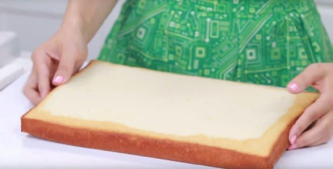 ギークが喜ぶバレンタインスイーツ「マザーボードケーキ」