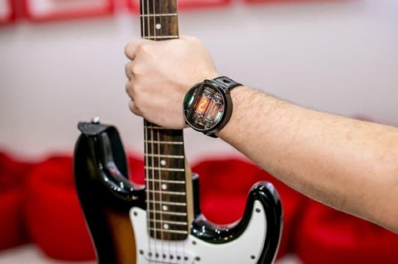 ニキシー管腕時計「NIWA」