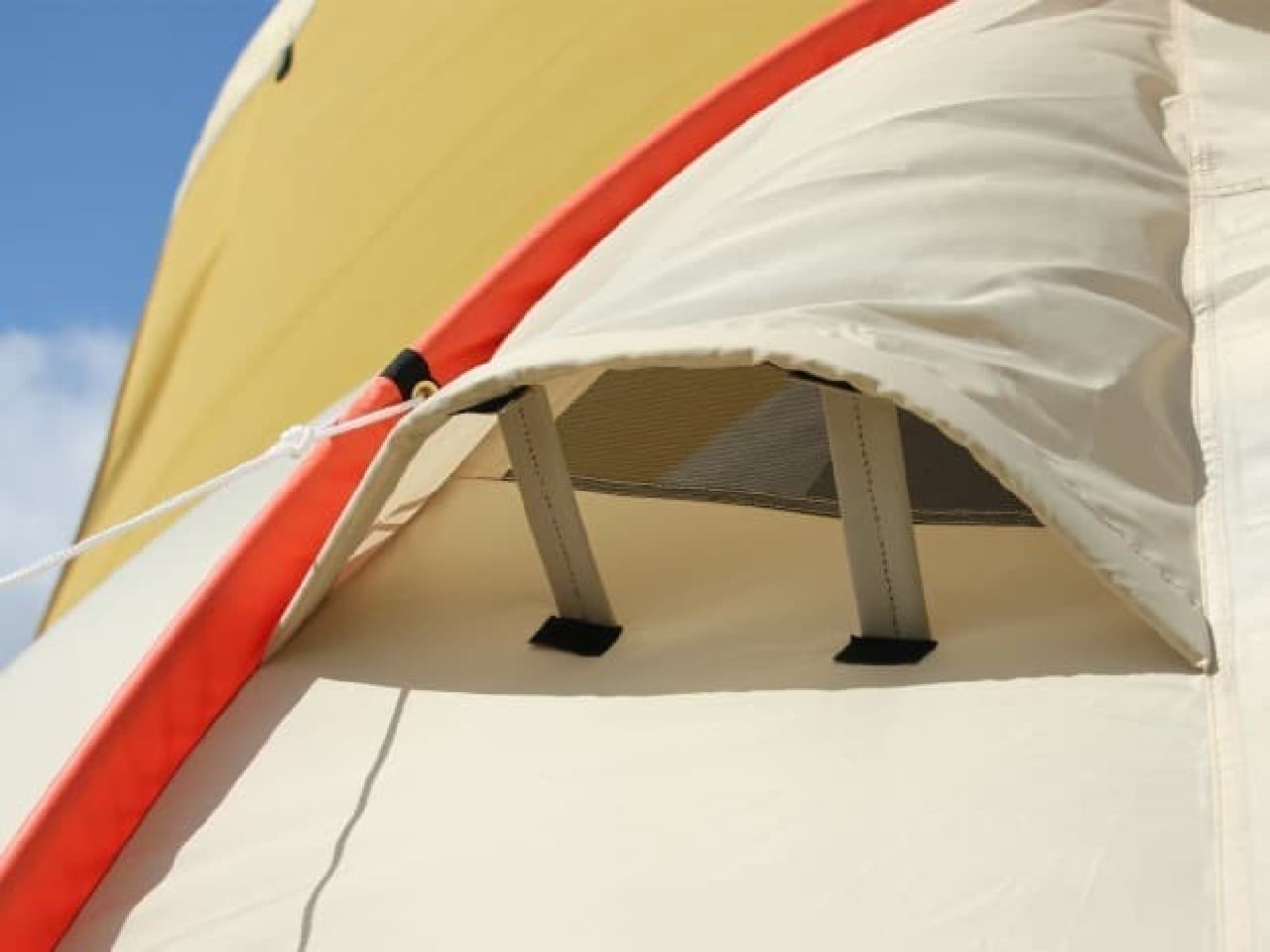 テントの世界に2LDK!…かまぼこ型テントの2017年バージョン「カマボコテント2」