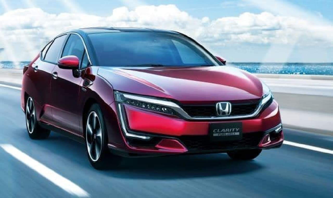 ホンダ、「CLARITY PLUG-IN HYBRID」と「CLARITY ELECTRIC」