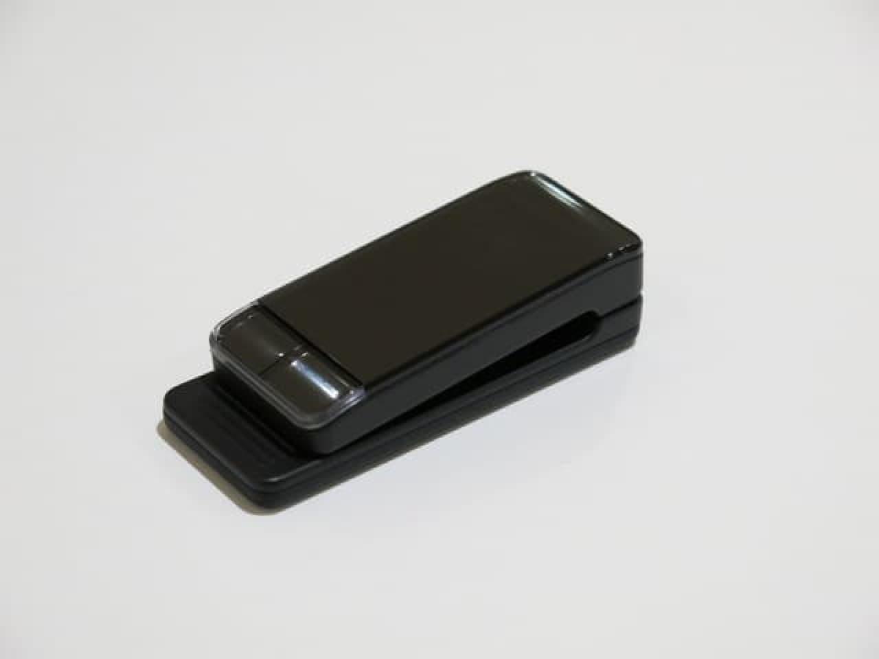 クリップ型の装置