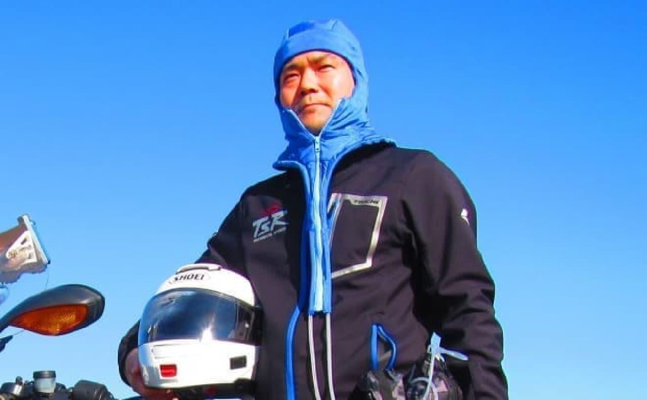 水冷式の「ヘルメットエアコン」発売