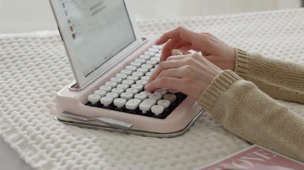 タイプライター風キーボード「Penna」