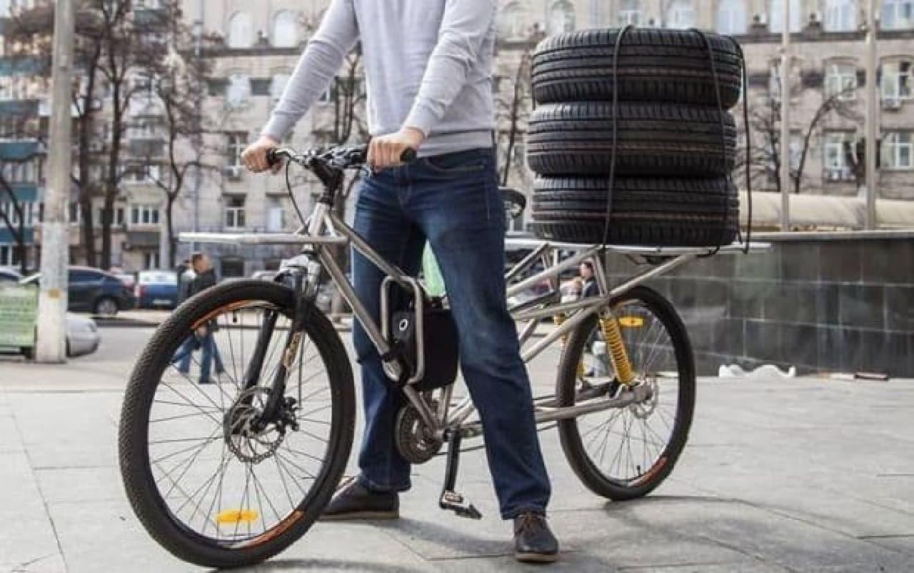 20キロのお米、4袋を運べる電動アシスト自転車「VoltyCo」