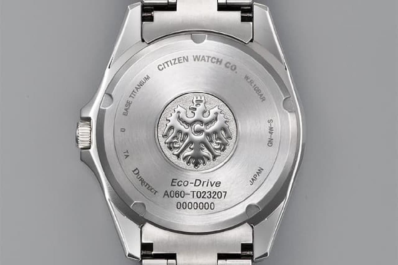 和紙でできた腕時計