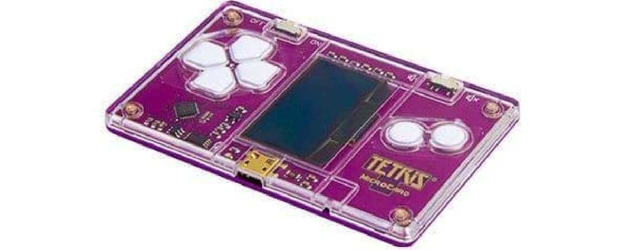 財布に入れておけるクレジットカードサイズのテトリス「Tetris MicroCard」