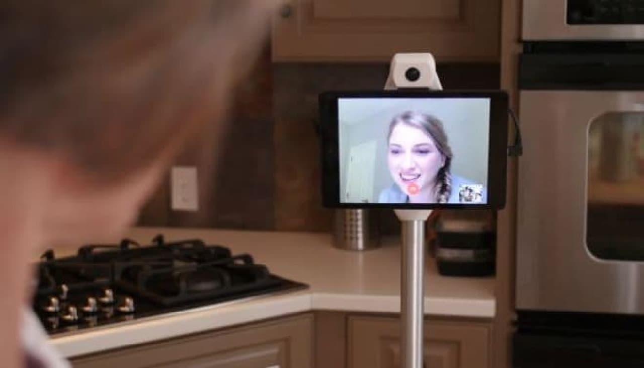 自分の分身になってくれるコミュニケーションロボット「Ohmni」
