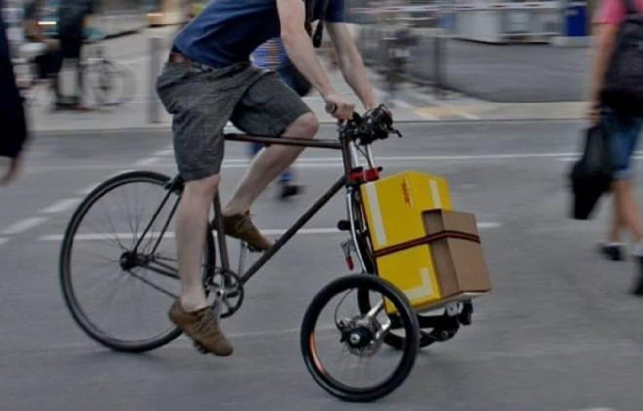 自転車をカーゴ付きトライクにする「TReGo」