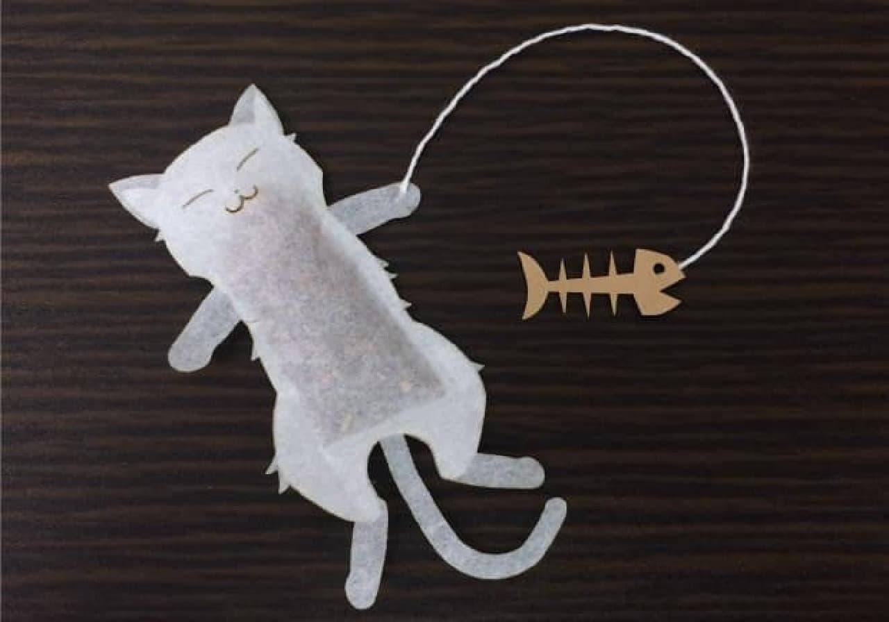 ネコの形のティーバック登場