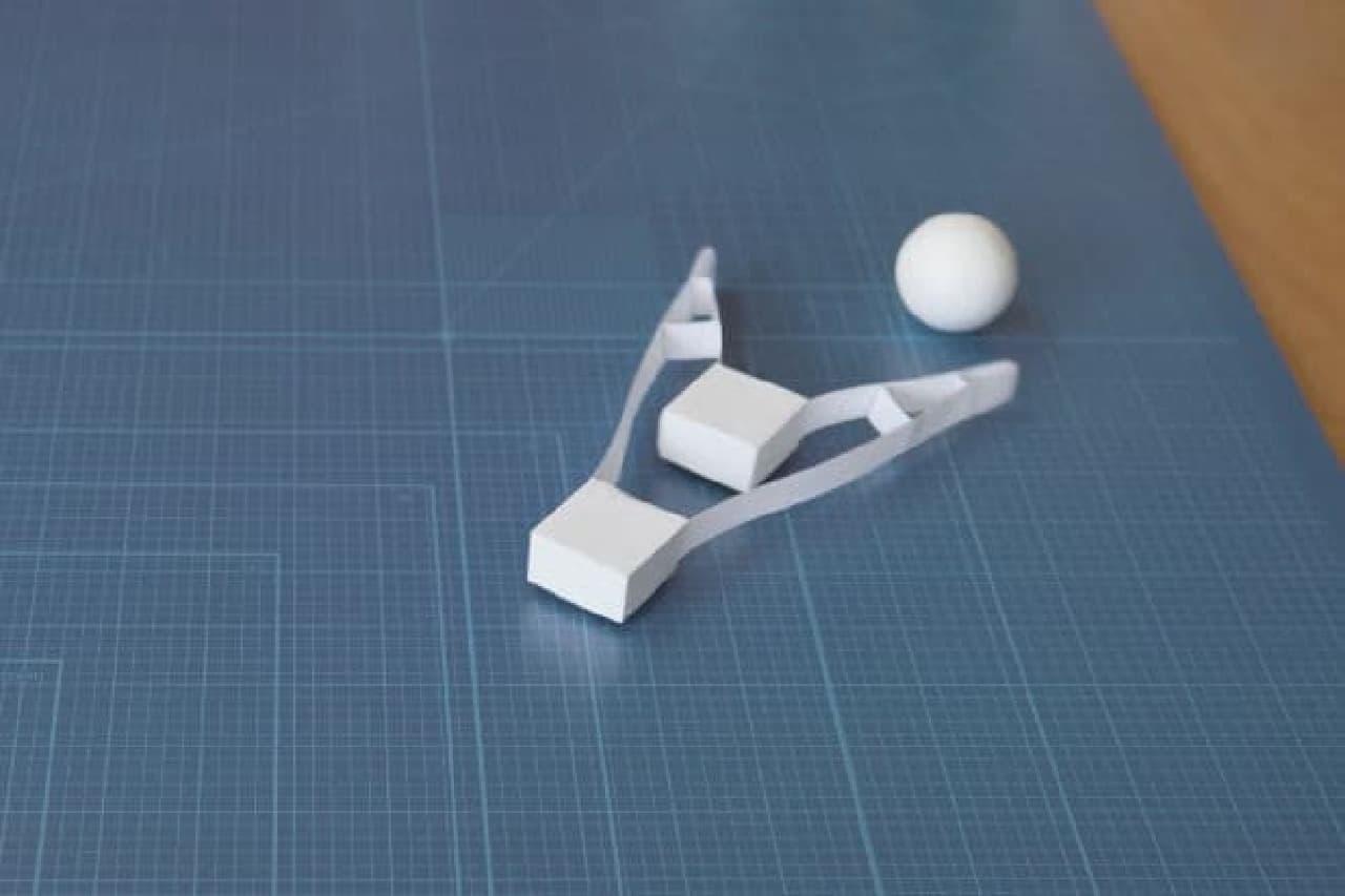 ボールを追いかけるロボット