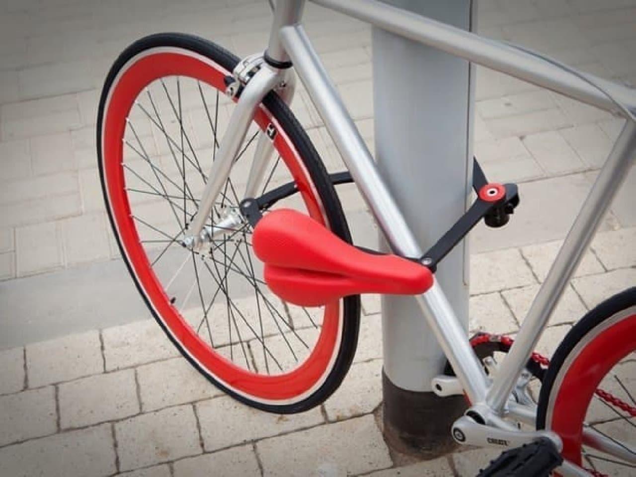 サドルを自転車用ロックとしてして使用する「Seatylock」