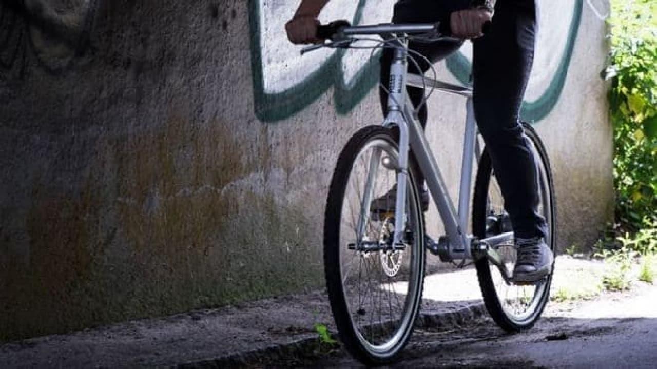 バッテリーのいらない自転車用ライト「CIO」