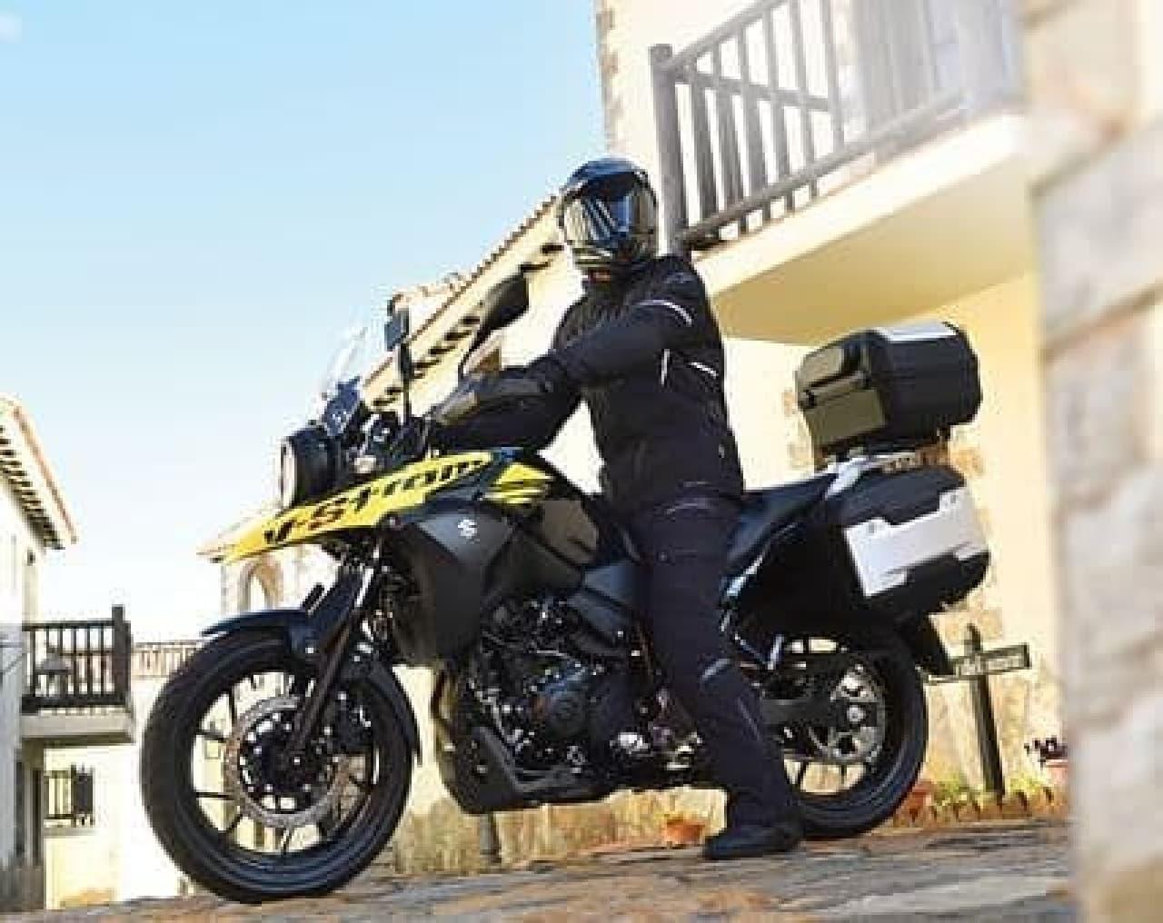 スズキ、V-Stromシリーズに新型「V-Strom 250」登場