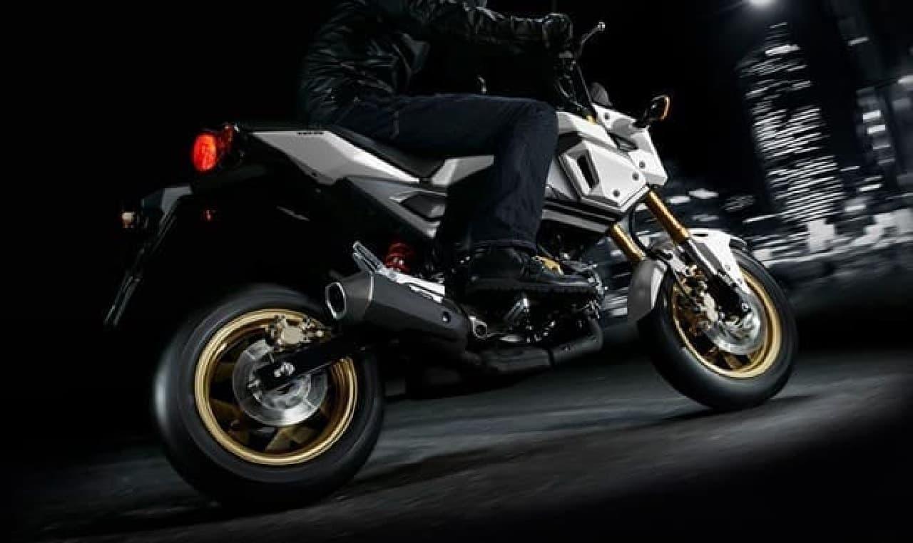 ホンダ、125ccスポーツモデル「グロム」