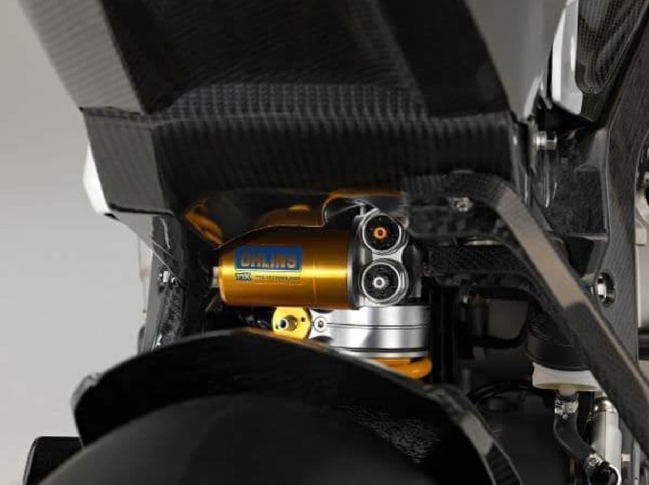 新型BMW HP4 RACE、本日受注開始