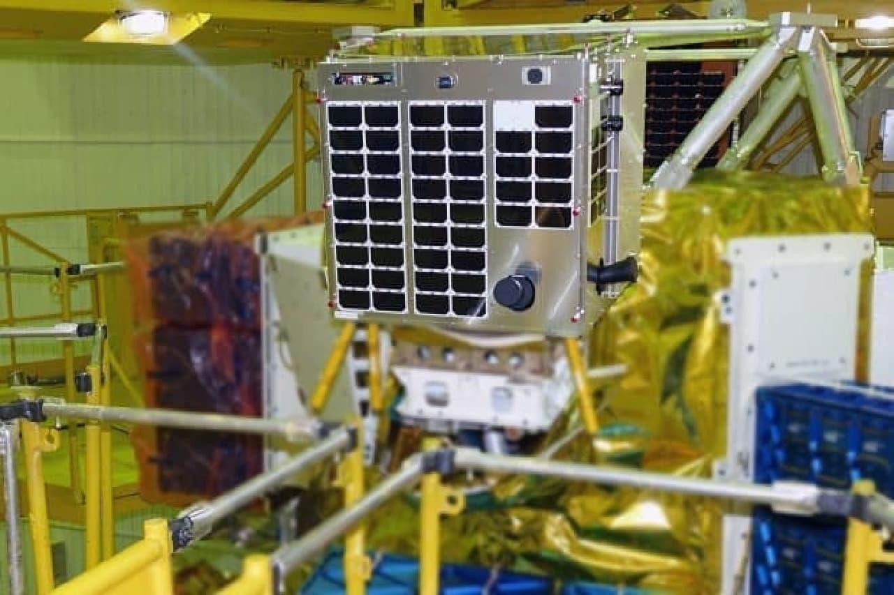 人工衛星の製品写真