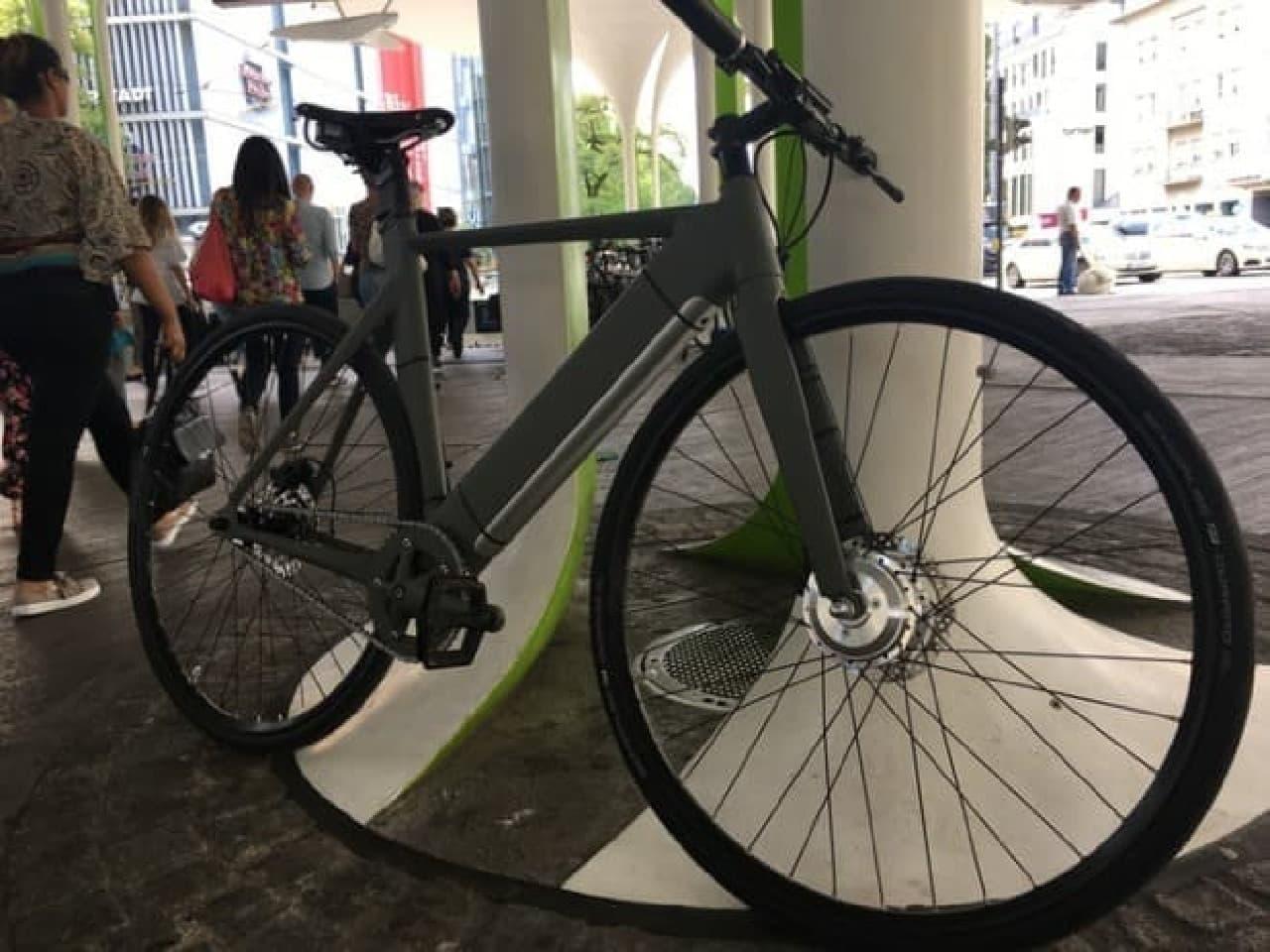 前輪駆動の電動アシスト自転車「ElBike