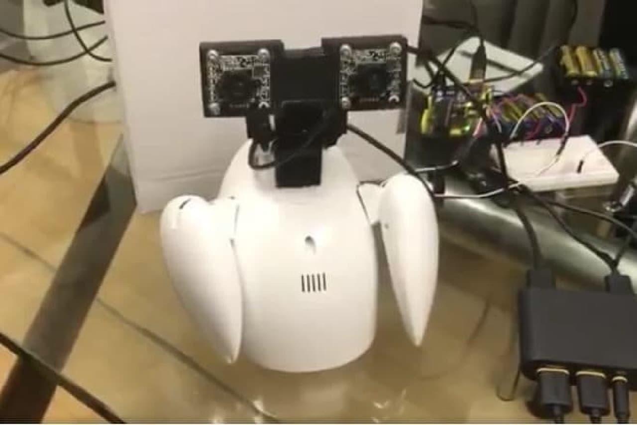 ロボットで出社するようす