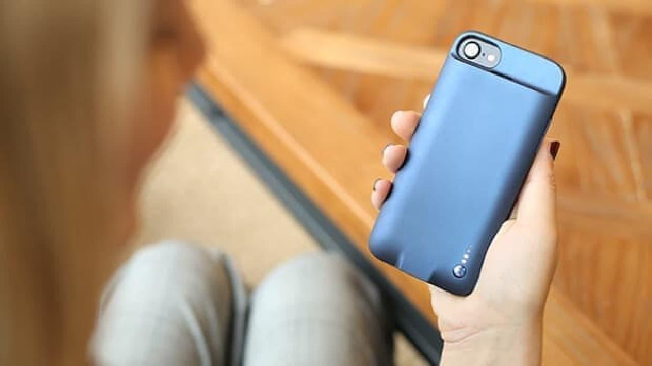 ユニバーサルリモコン付きのiPhoneケース「Pi Case」
