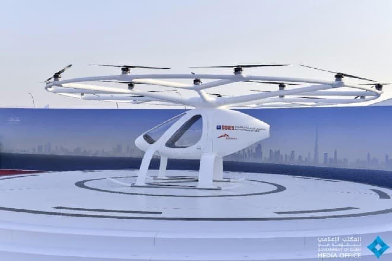 ドバイの空飛ぶタクシー