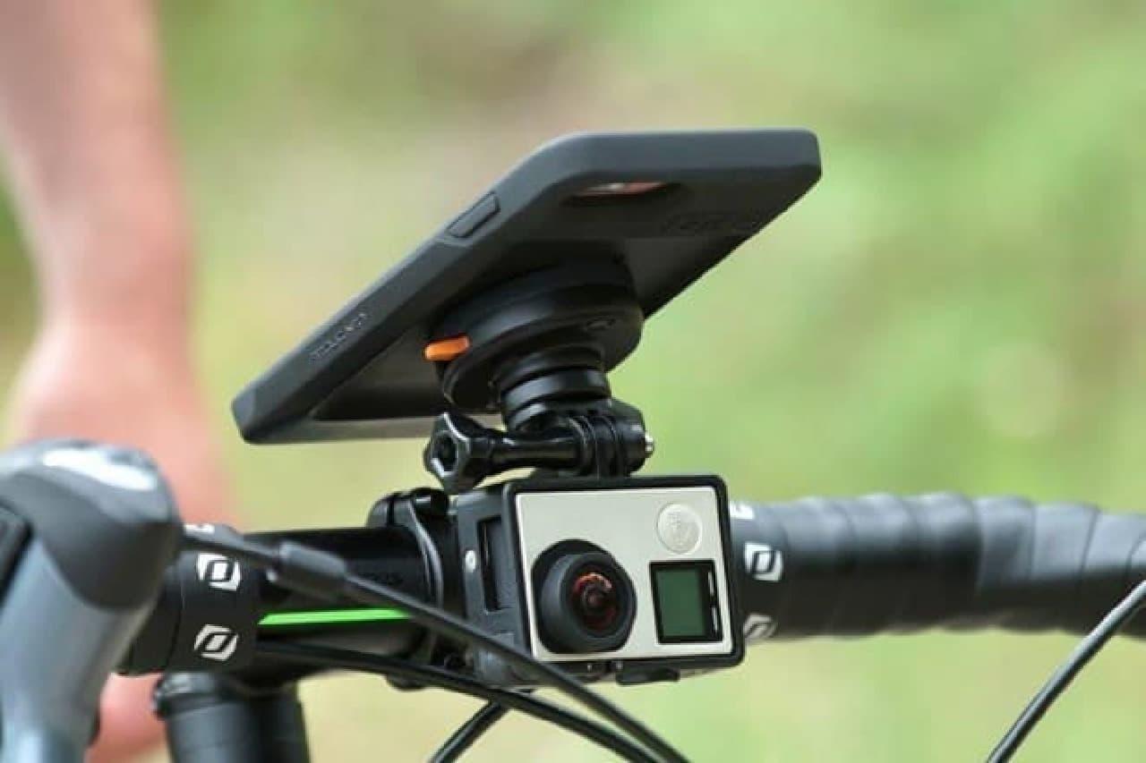 iPhone Xに対応した自転車用スマホホルダー「FitClic Neo」-