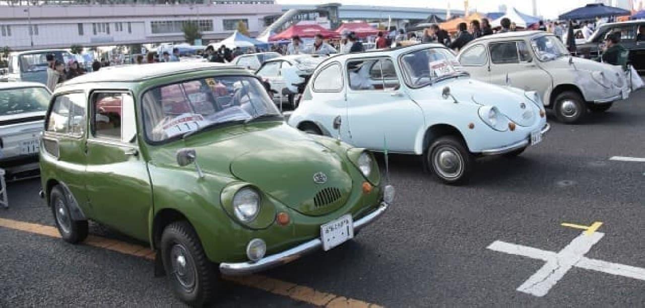 お台場にクラシックカー700台集合-『お台場旧車天国2017』