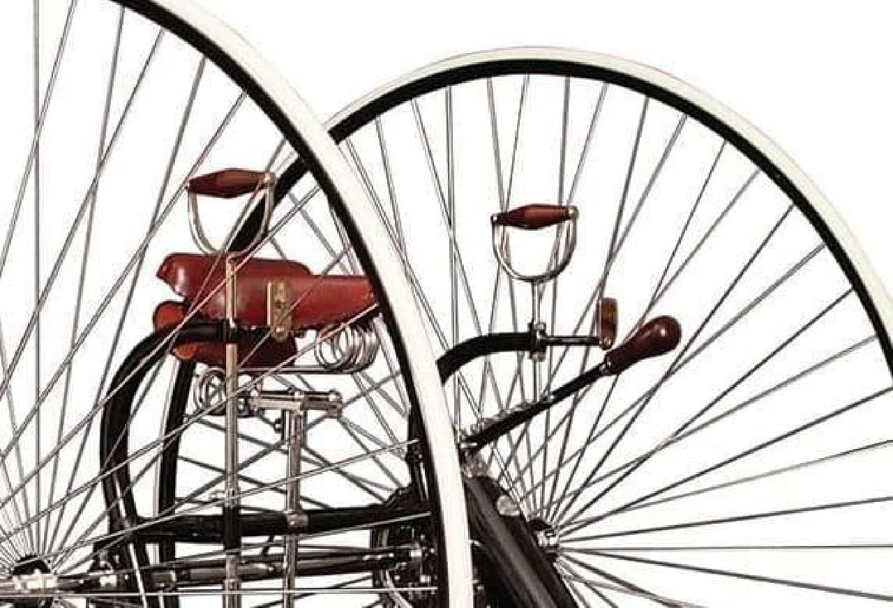 1884年の自転車PLECTOCYCLEを再現した「Pivot Frame Plectocycle」