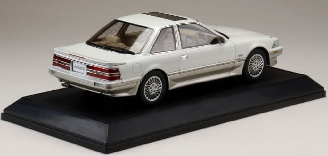 1/18 トヨタ ソアラ 3.0GT リミテッド (MZ21)1990 エアサスペンション仕様