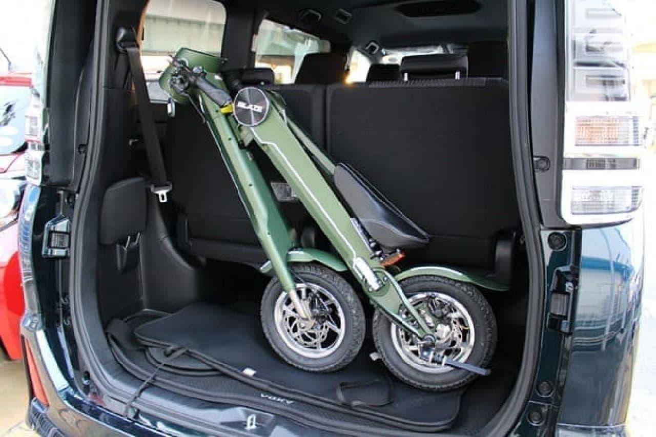 折りたたみ電動バイク「BLAZE SMART EV(ブレイズスマートEV)」