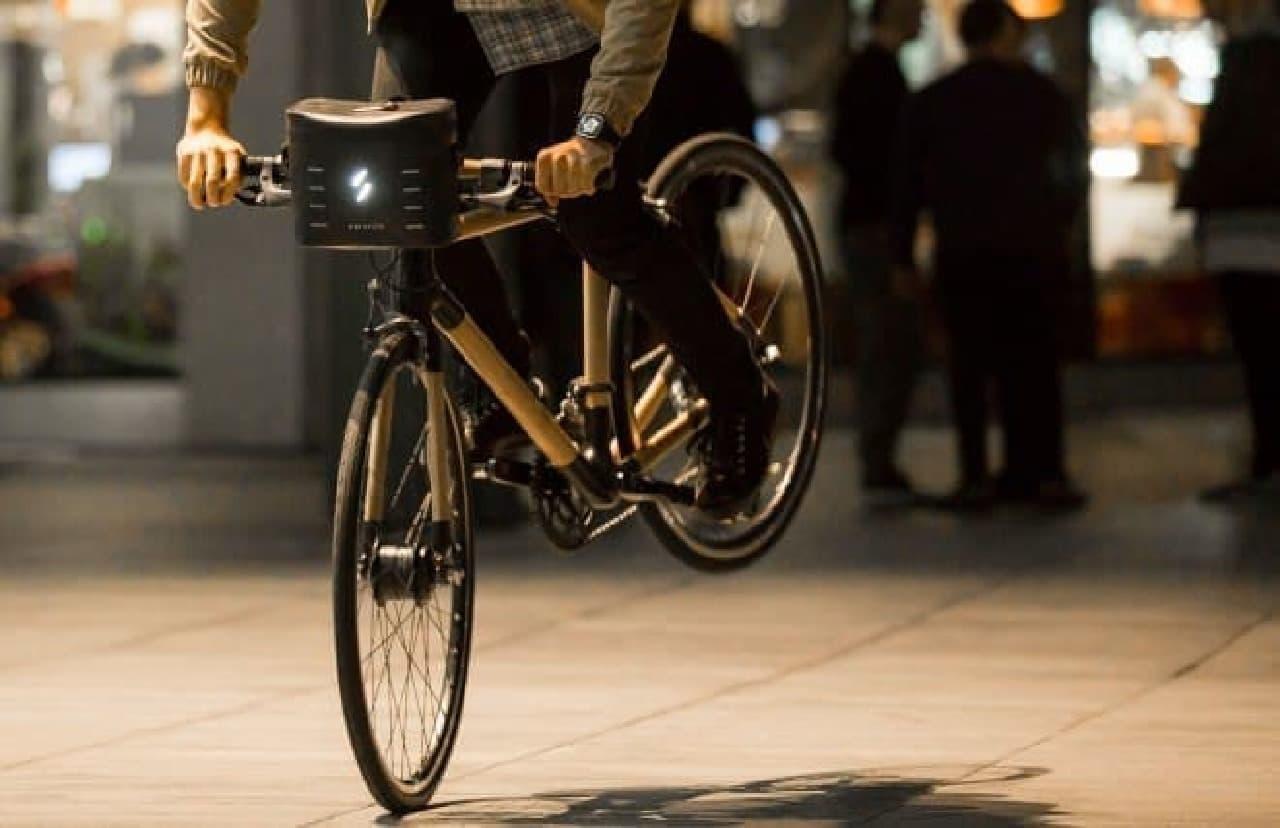 愛車を電動アシスト自転車に変える「Swytch」