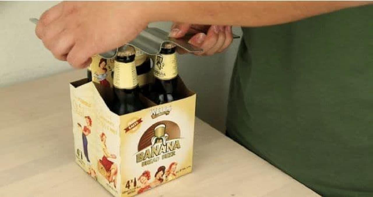 6本のビールの栓を一気に抜ける「SIXOVERONE」