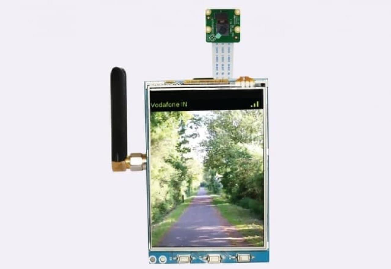 Raspberry Piをスマートフォンにするキット「PiTalk」