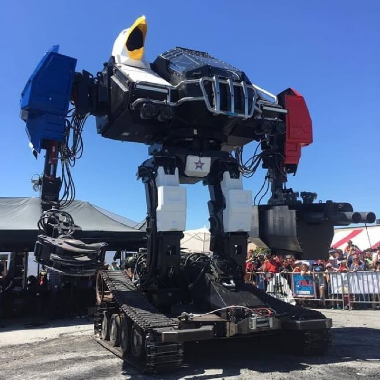 クラタスと戦ったMegaBots「Eagle Prime」体験試乗会開催