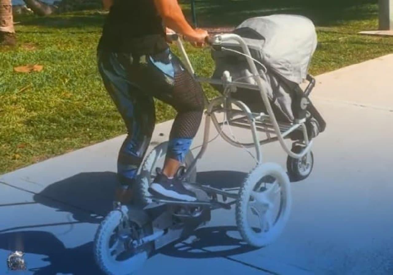 ステップマシン付きのストローラー「Elliptical Stroller」