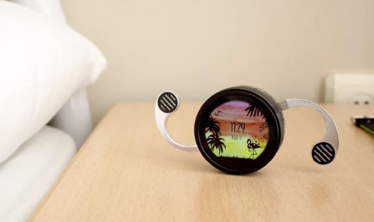 時計の形をしたスマートフォン「Shell」