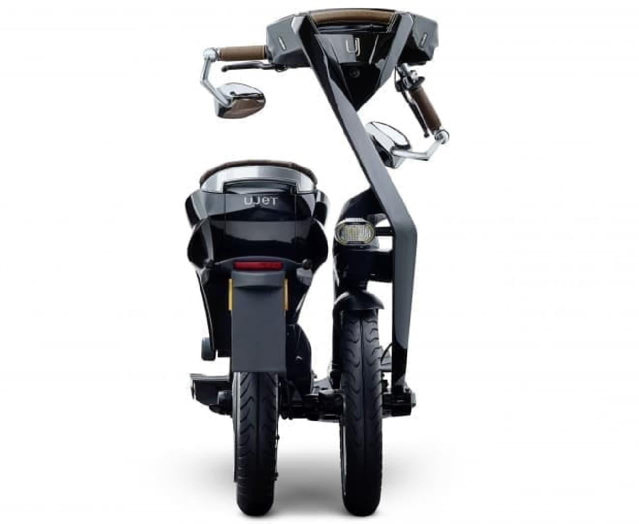 スポークやハブがない折り畳み電動バイク「Ujet」