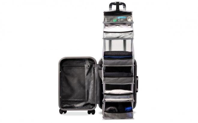 クローゼットを内蔵した「Lifepack: The Carry-On Closet」