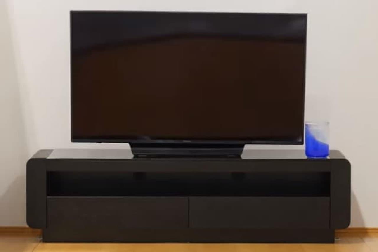 地震で倒れにくいテレビ