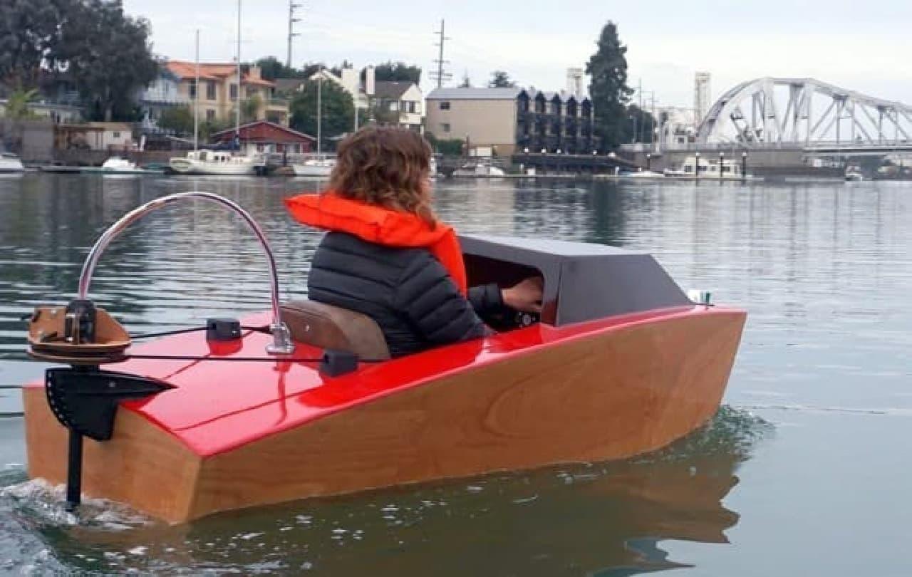 Rapid Whaleによる電動ボート「Mini Boat」