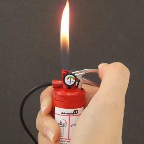 アドミラル産業の「消火器ライター」