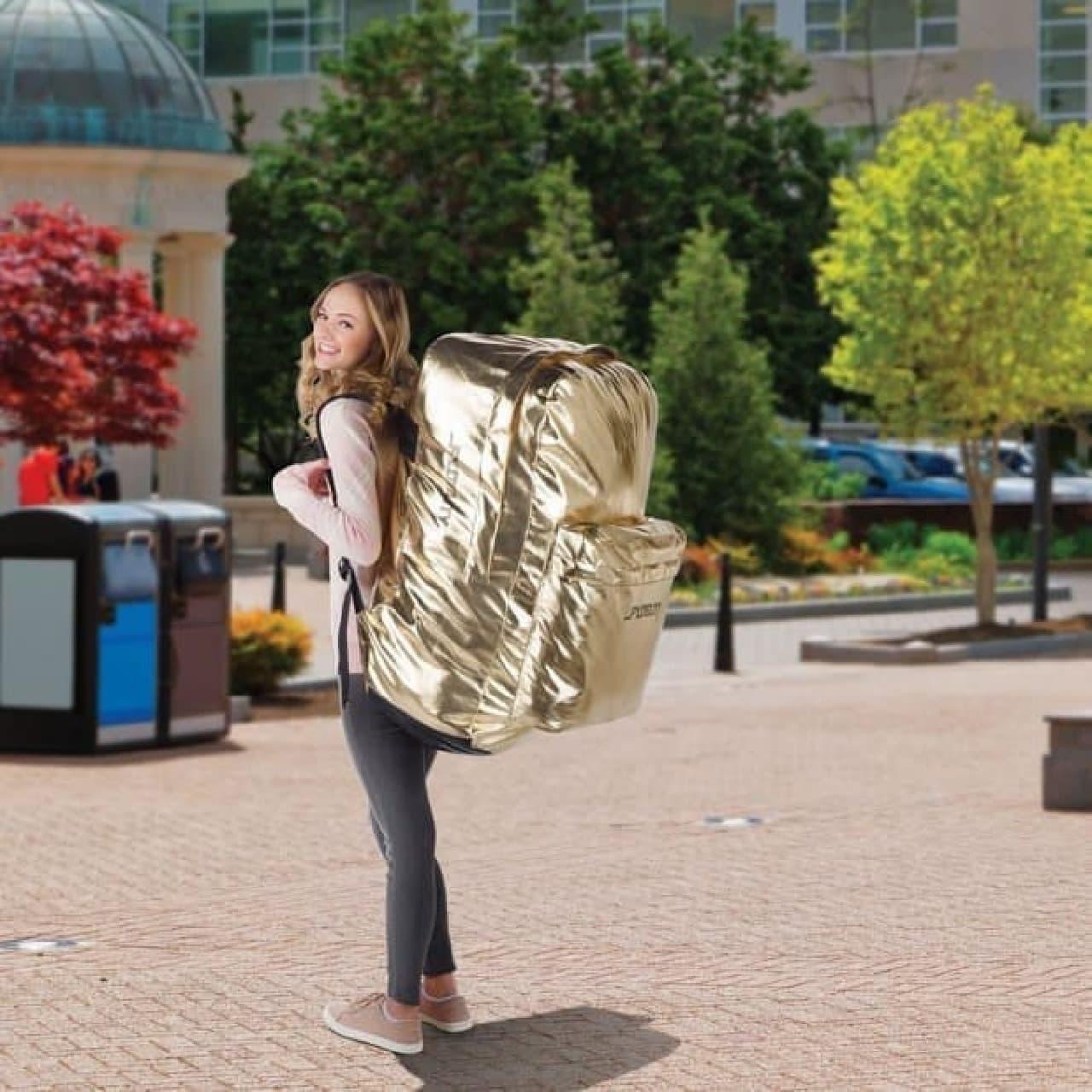 冷蔵庫よりも大きなバックパック「The Bunyanesque Backpack」