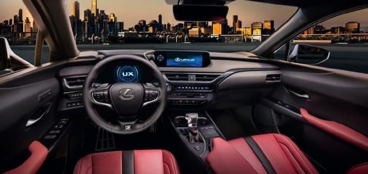 LEXUS、新型クロスオーバー「UX」を公開